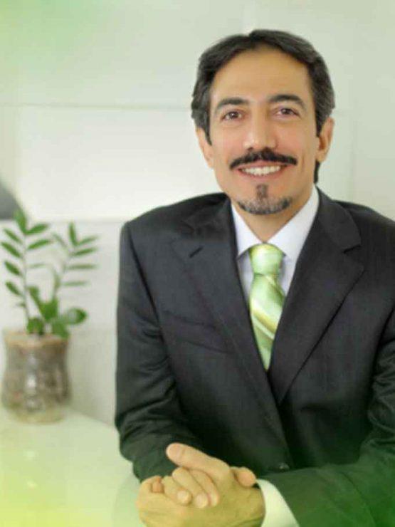 بهترین دندانپزشک غرب تهران - دکتر حامد محمود هاشمی